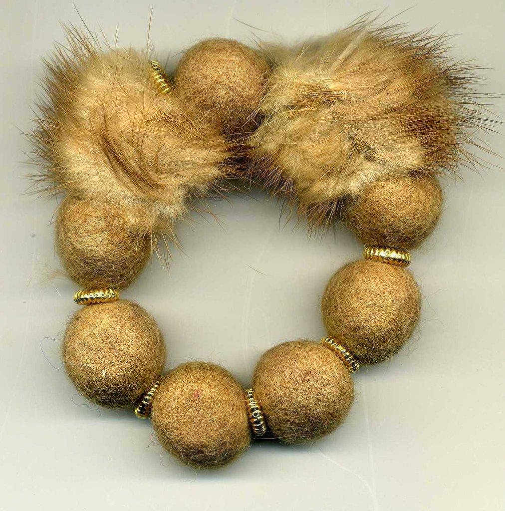 Bracciale in lana cotta e visone