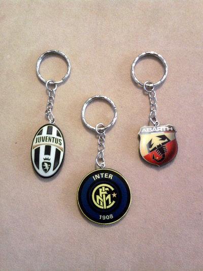 Portachiavi con stemma Juventus, Inter e Abarth fimo