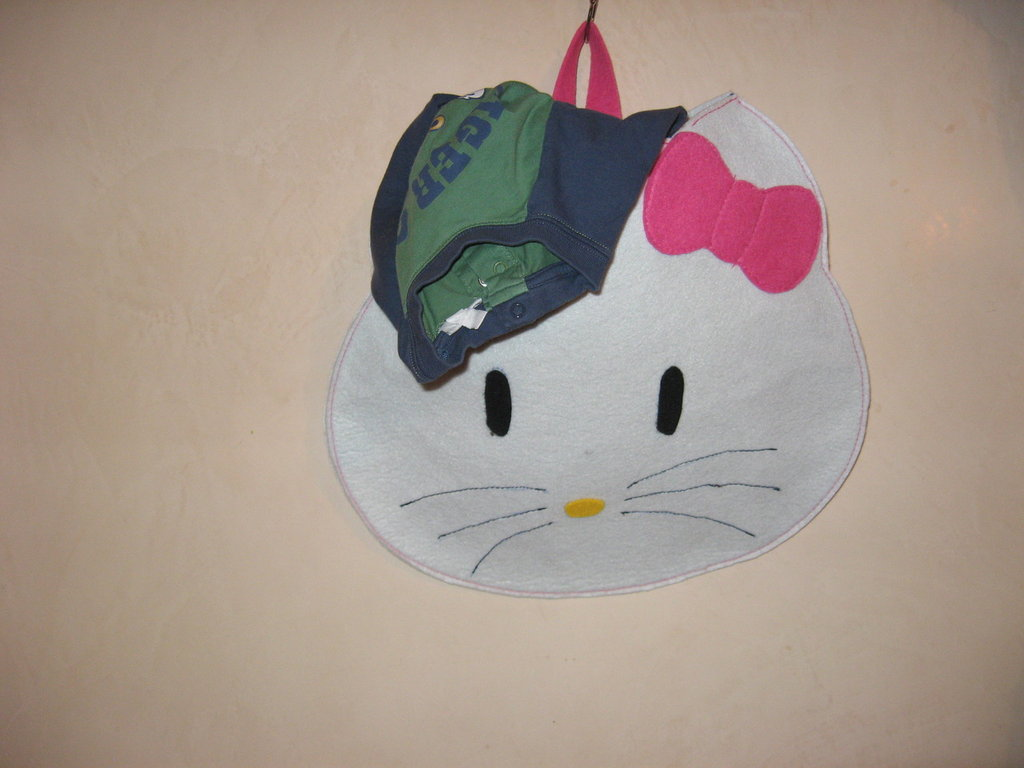 PORTAPIGIAMA HELLO KITTY(art.cc181)