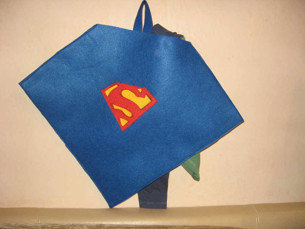 PORTAPIGIAMA SUPERMAN (art.cc108)
