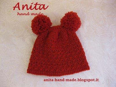 Cappellino rosso da orsetto