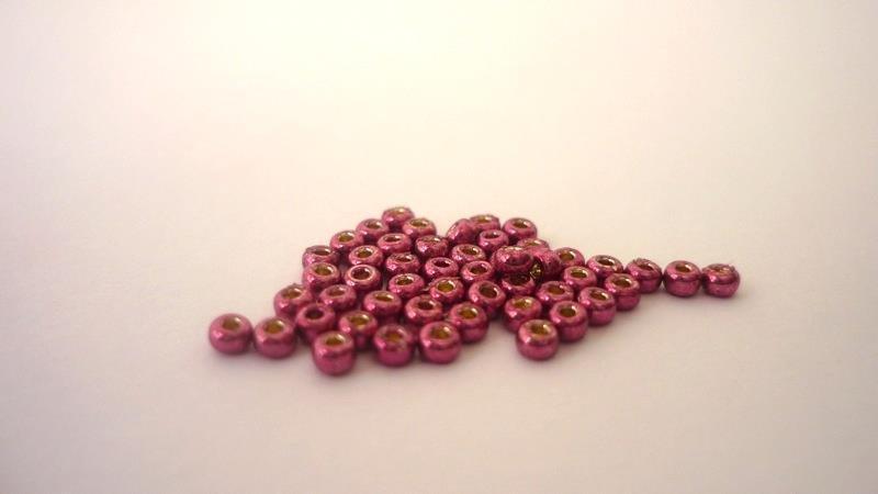 Miyuki® Rocailles 11/0   Duracoat Galvanized Magenta