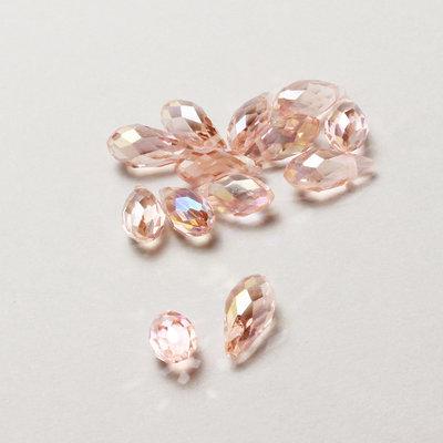 3 mezzi cristalli a goccia rosa