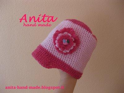 Cappellino da bimba in lana merino