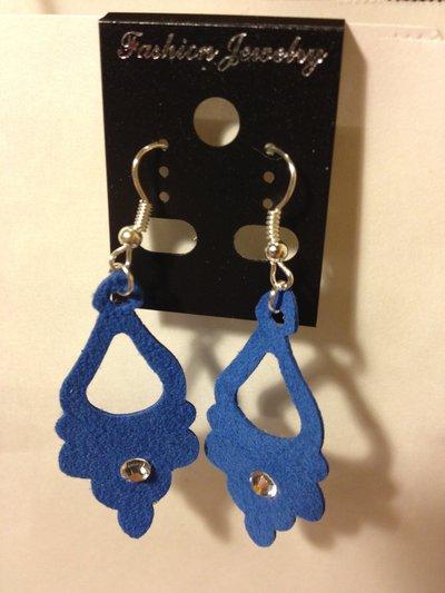 orecchini in pelle scamosciata blu