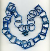 Collana a catena con agata blu striata