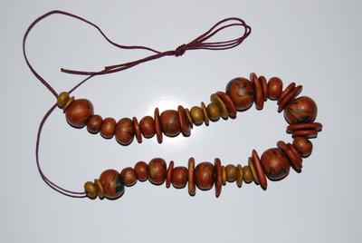 Collana in fimo color bronzo