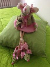 bambola in feltro modello topolina