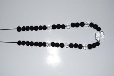 Collana perle nere in lanacotta