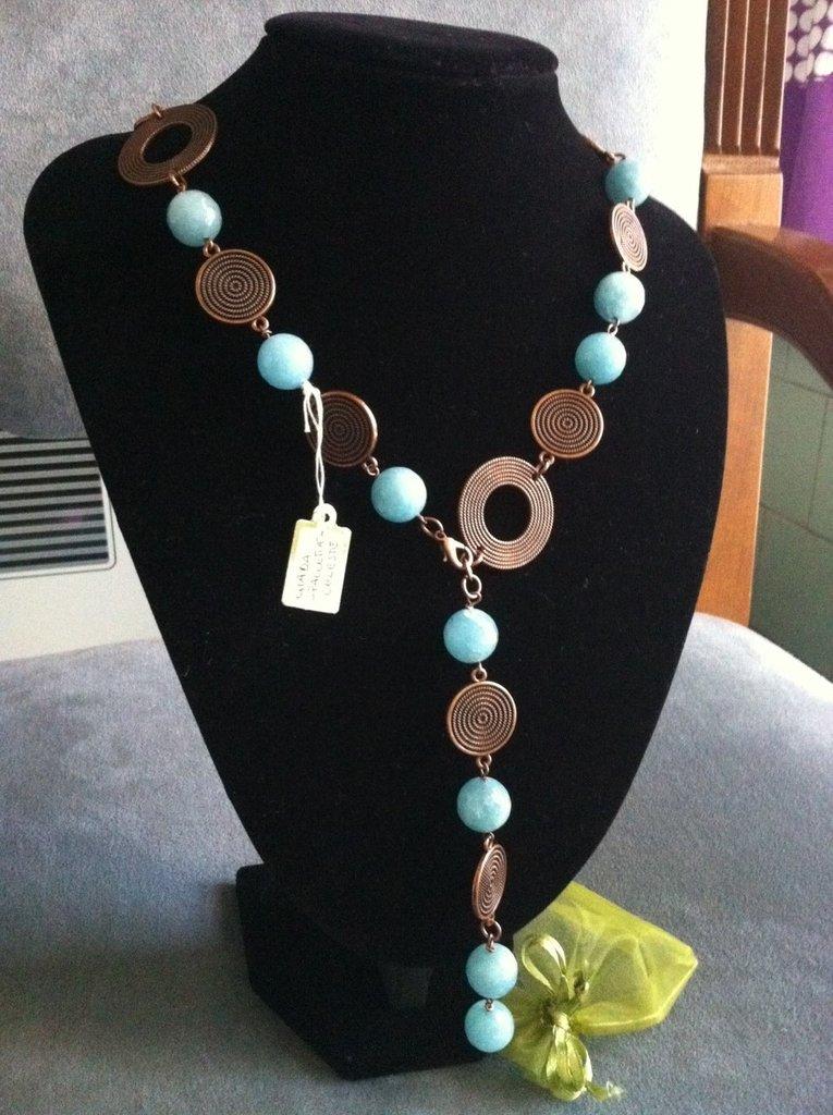 Collana artigianale fatta a mano giada celeste - idea regalo