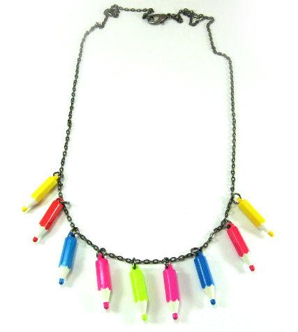 Collana con matite colorate anni 80