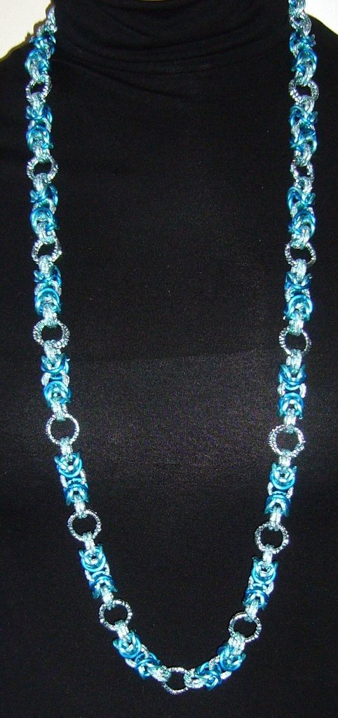 Collana Chainmaille Azzurra