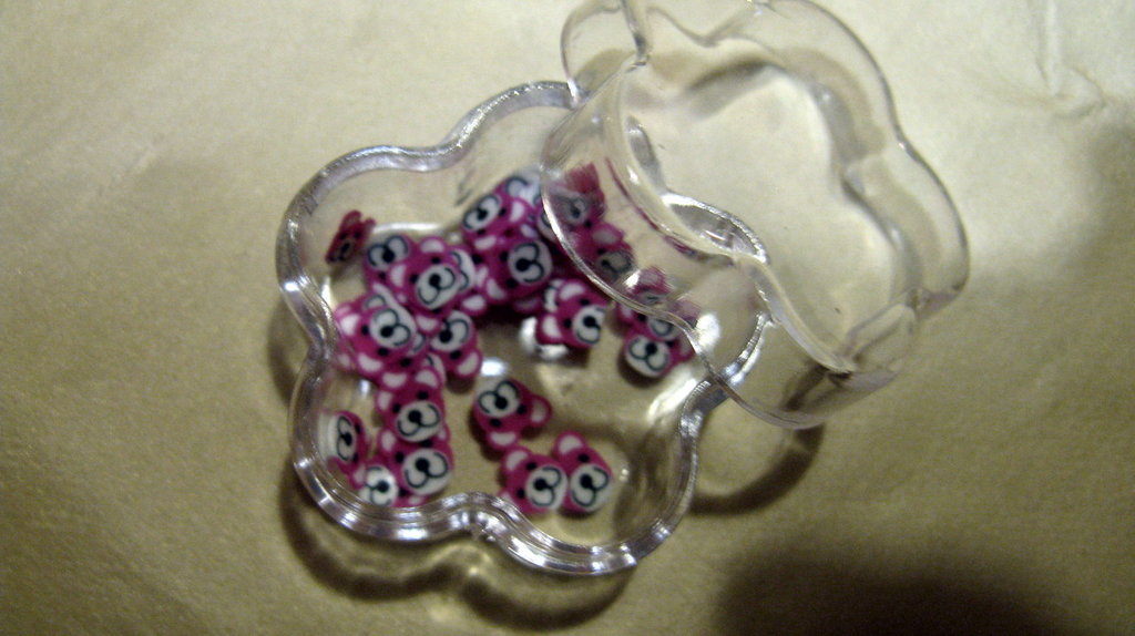 Conf.30/35pz fettine  per decorazione Orsetto rosa