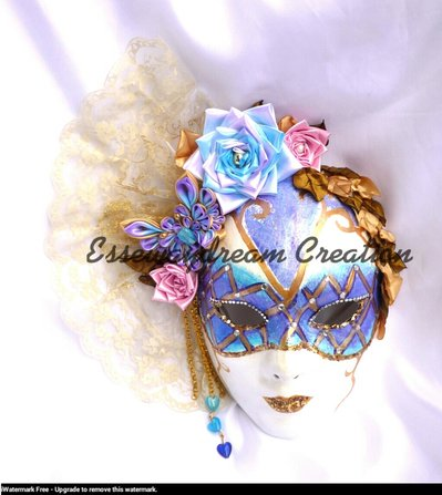 maschera in stile veneziano