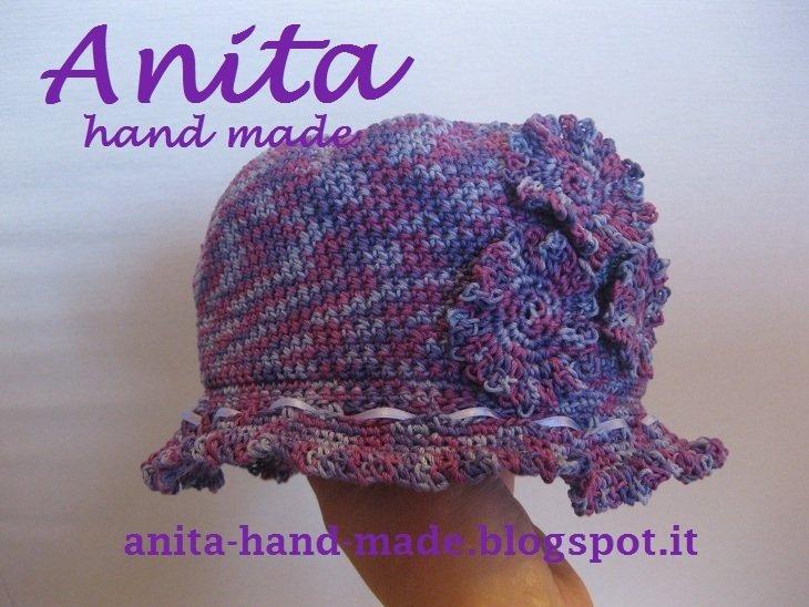 Cappellino da bimba in cotone