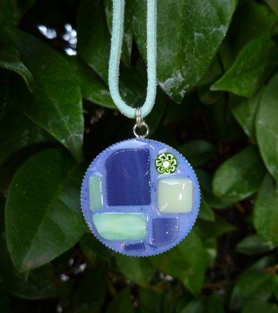 Ciondolo in mosaico di vetro
