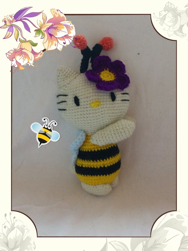 amigurumi hello kitty apina-hello kitty bee