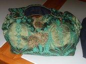 borsa fatta a mano ,in seta verde