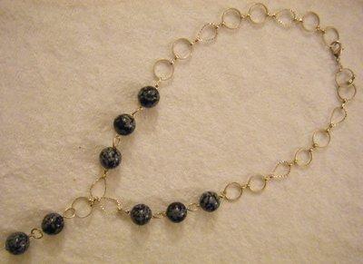 collana con catena in metallo colore argento e pietre dure ,fiocco di neve