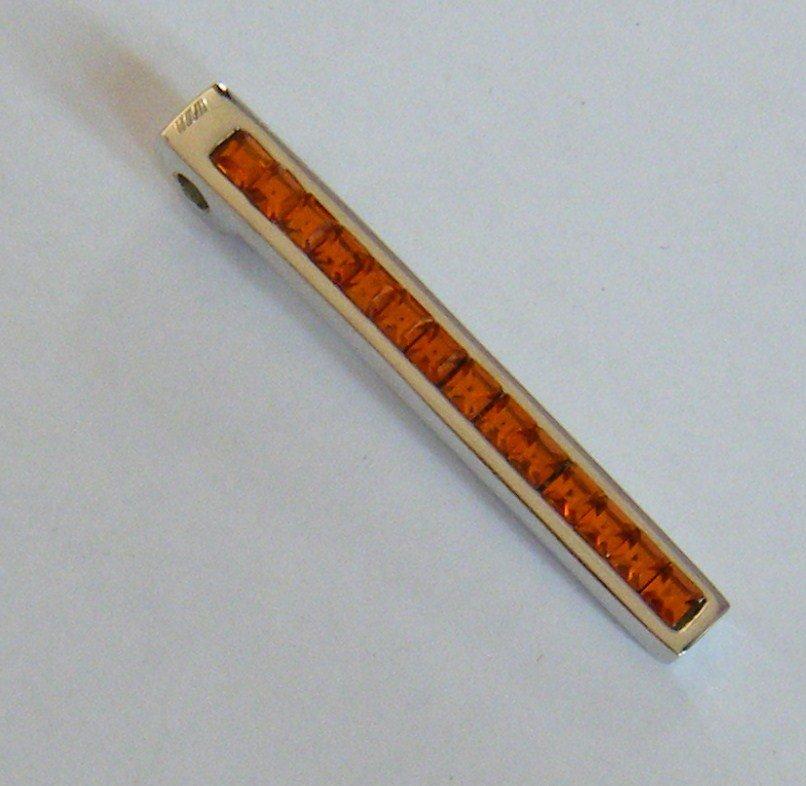 bellissimo ciondolo in metallo colore  argento e strass,azzurro,,arancione,fucsia,viola e cristall,