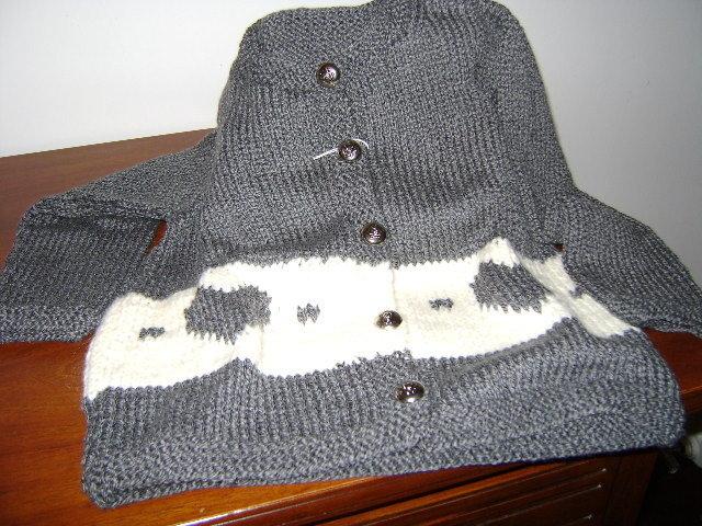 maglioncino grigio con cuori