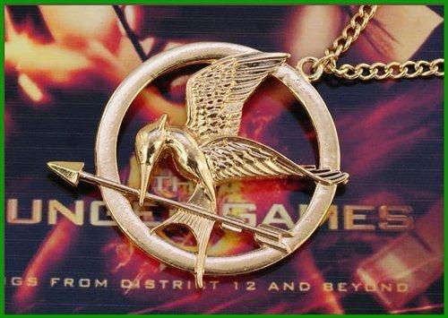 Collana La Ghiandaia Imitatrice di HUNGER GAMES in tono oro di Katniss Everdeen