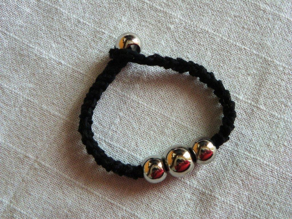 braccialetto in cotone nero