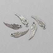 5 charm ala color argento