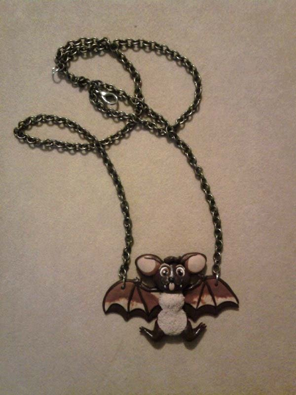 Collana con pipistrello fimo