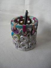 Porta penne ecologico in carta riciclata 10cm x 11cm
