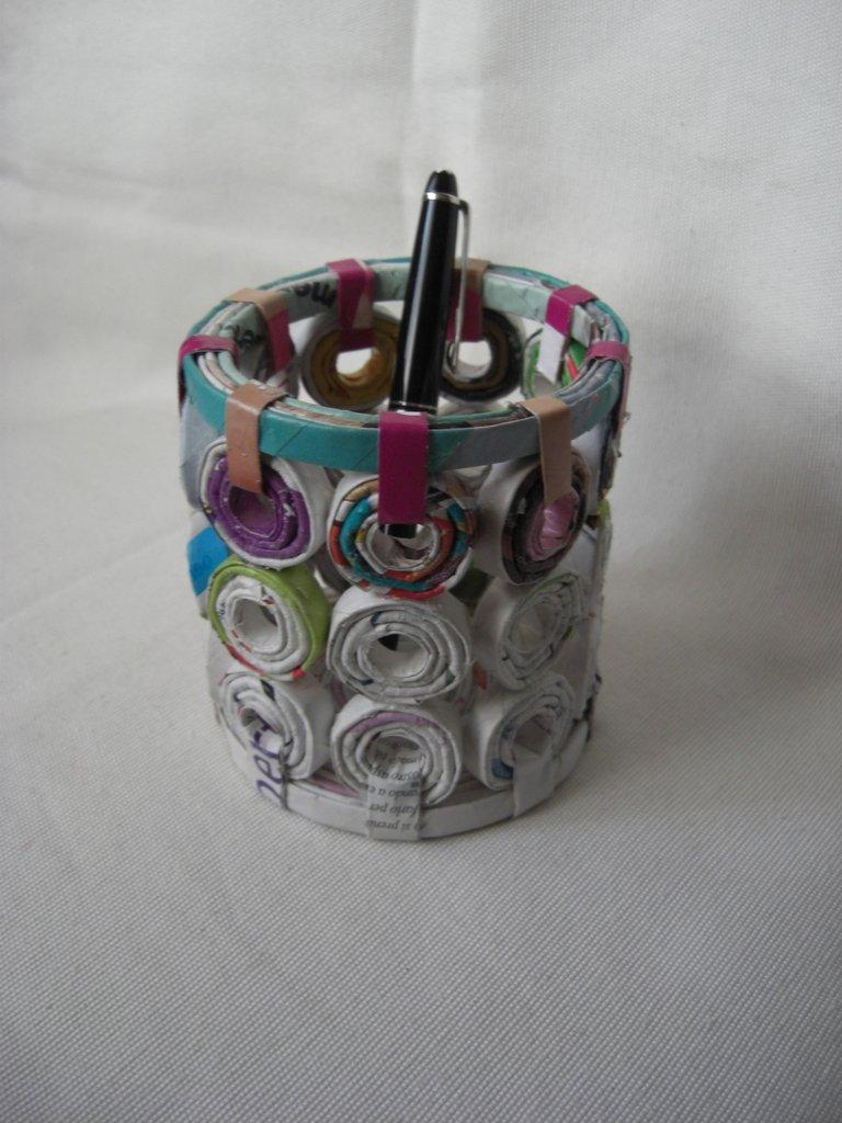 porta penne ecologico in carta riciclata 10cm x 11cm per