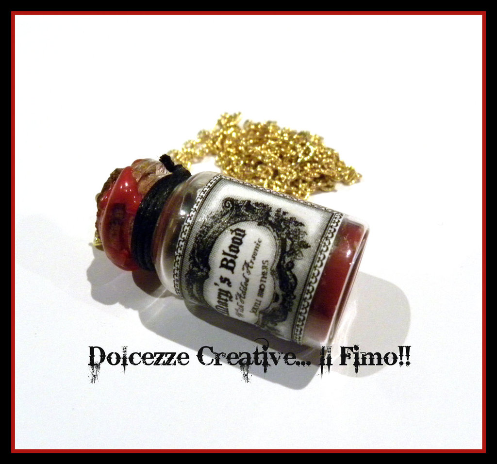 Collana Pozione Mary's Blood (with added arsenic)