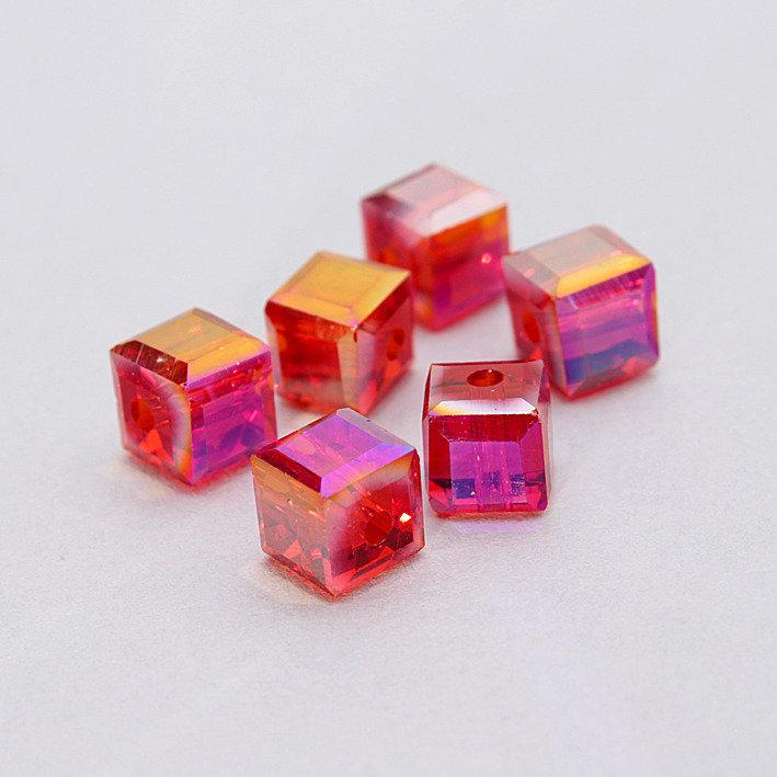 4 cristalli - cubo 6mm rossi