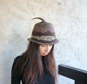 Feltro-cappello con punta