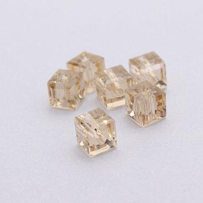 4 cristalli - cubo 6mm