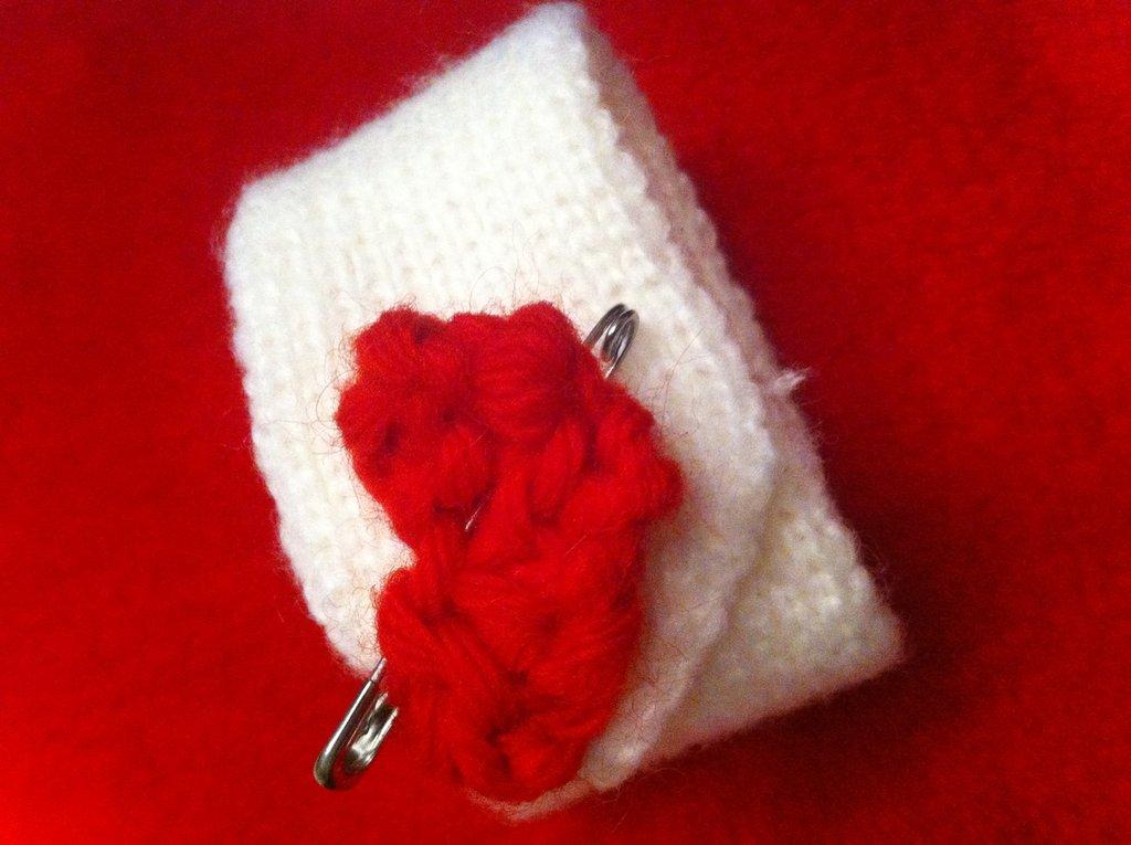 My Valentine- Bracciale a maglia con spilla
