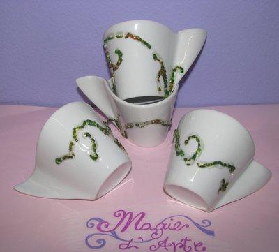 Set di tazzine in ceramica per quattro