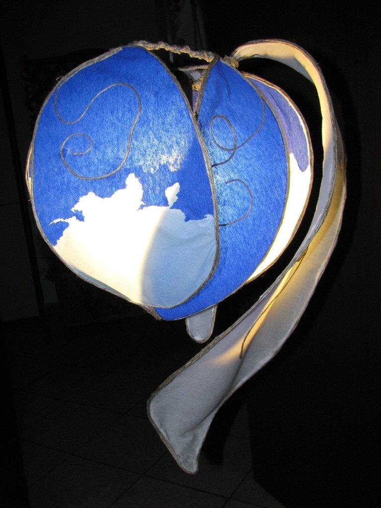 Lampadario fiore bocciolo blu