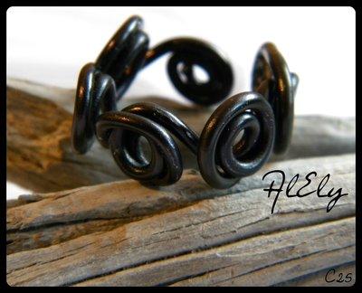 Corona di Ade anello wire C25