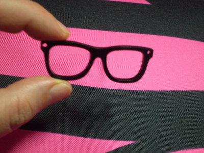 1 Pendente Occhiali in Plexiglass NERO
