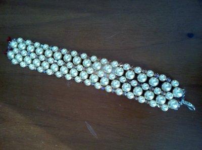 Braccialetto a fascia con perle