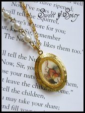 ALICE IN WONDERLAND-WHITE RABBIT LOCKET-CIONDOLO PORTAFOTO APRIBILE BIANCONIGLIO