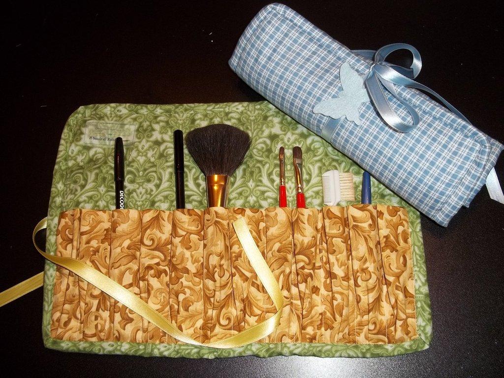 Trousse porta pennelli/matite trucco