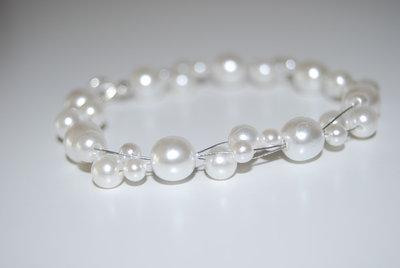 Bracciale di perle sospese