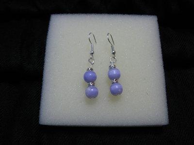 Orecchini fatti a mano con perline colore lilla