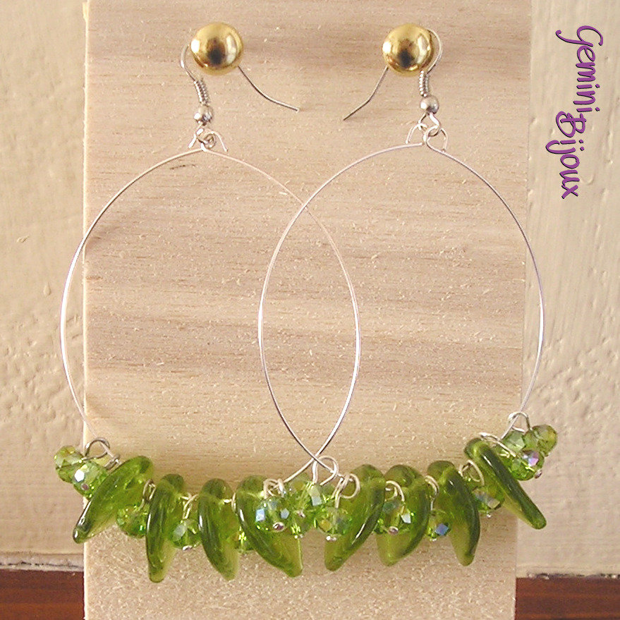 Orecchini cerchio foglie verdi