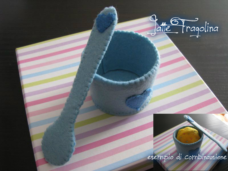 Coppa gelato giocattolo in feltro realizzato a mano.