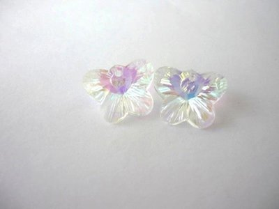 Pendente in vetro, Crystal AB, Butterfly.  Dimensioni: 15 x 12 mm.
