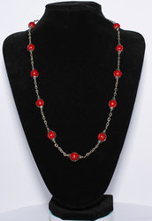 Collana in giada rossa con gabbiette