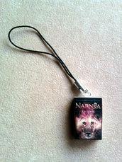 """Phonestrap con mini libro """"Le cronache di Narnia"""" fimo"""